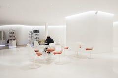 Área do relaxamento/assento dentro do interior do museu Museo Soumaya de Soumaya Fotografia de Stock Royalty Free