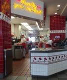 Área do serviço de n no HAMBURGUER PARA FORA, Tucson, AZ Imagem de Stock