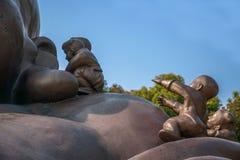 Área escénica de Buda del gigante de Wuxi Lingshan y x22; juego de 100 niños Maitreya& x22; escultura de bronce grande Foto de archivo libre de regalías