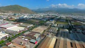 Área industrial de la producción de la fábrica Zona de la industria pesada de la visión aérea metrajes