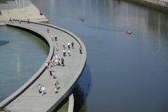 Área que camina del museo de Guggenheim Bilbao fotos de archivo