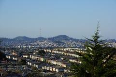 Área residencial dos montes de San Bernhadino fotografia de stock royalty free