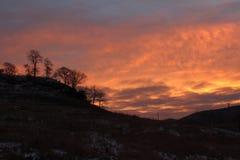 Área sin propósito River Valley de Cercano oeste de la salida del sol del invierno Foto de archivo