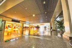 Áreas de compra do aeroporto imagens de stock