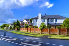 Áreas suburbanas de Auckland, Nova Zelândia fotografia de stock