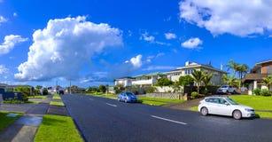 Áreas suburbanas de Auckland, Nova Zelândia fotografia de stock royalty free