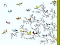 Árvore com os pássaros bonitos coloridos Imagens de Stock Royalty Free