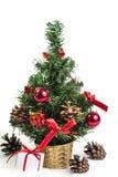 Árvore de Natal bonita isolada no fundo branco Fotografia de Stock
