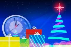Árvore de Natal com a estrela clara brilhante no tempo da meia-noite Fotografia de Stock Royalty Free