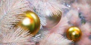 A árvore de Nataldecoração, celebração do ano novo fotos de stock royalty free