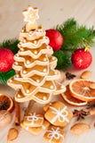 Árvore de Natal do pão-de-espécie imagem de stock