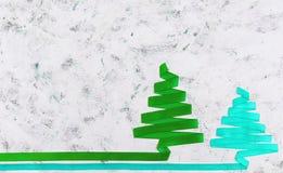 Árvore de Natal feita da fita no fundo branco Fotografia de Stock