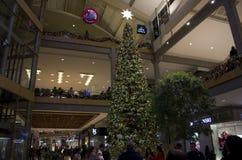Árvore de Natal na alameda de Bellevue fotos de stock royalty free