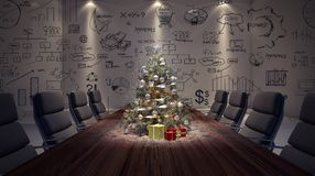 Árvore de Natal na tabela de conferência Fotos de Stock