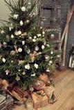 a árvore de Natal no bossage Imagens de Stock