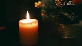Árvore de Natal nova da vela ardente vídeos de arquivo