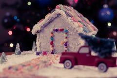 Árvore de Natal para a casa de pão-de-espécie Imagens de Stock Royalty Free