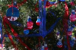 Árvore de Natal patriótica em Fort Myers, Florida, EUA fotografia de stock royalty free