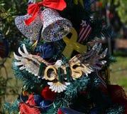 Árvore de Natal patriótica em Fort Myers, Florida, EUA imagem de stock