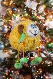 A árvore de Toy And New Year fotos de stock
