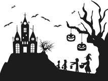 Árvore do bastão dos cids do traje da silhueta do castelo de Dia das Bruxas ilustração royalty free