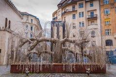 A árvore do monumento da vida às vítimas do holocausto foi aberta em 1990 em Budapest, Hungria Foto de Stock