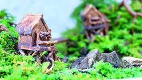 Árvore dos bonsais das casas modelo Imagem de Stock Royalty Free