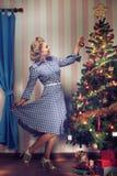 árvore X-mas e menina Imagem de Stock Royalty Free