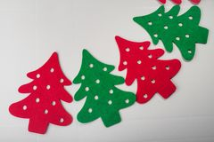 árvores de Natal vermelhas e verdes abstratas Fotos de Stock Royalty Free