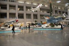 Ásia China, Pequim, museu militar, salão de exposição interno, Fotos de Stock Royalty Free