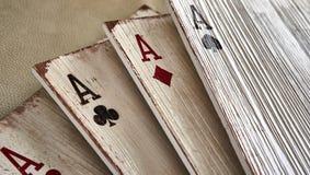 Áss de madeira dos cartões de jogo para a decoração Imagem de Stock Royalty Free
