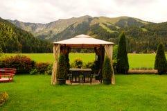 Áustria: Desintoxicação e para relaxar no restaurante gourmet de Alpin na dor imagens de stock royalty free