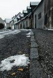 Áustria, vila velha austríaca tradicional Fischau mau Brunn no inverno imagem de stock