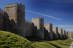 Ávila, España, pared y torres Imagen de archivo