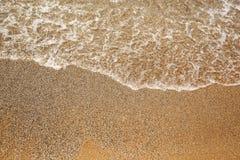 Ââcaresses del mare la sabbia sulla spiaggia Fotografia Stock Libera da Diritti