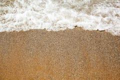 Ââcaresses del mare la sabbia sulla spiaggia Immagine Stock Libera da Diritti