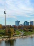 """""""Donauturm"""" imágenes de archivo libres de regalías"""