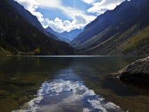 € †«Oulettes de Gaube, DES naturel Pyrénées «de dÂ'Espagne de Pont de Lac de Gaube de Parc Photo libre de droits