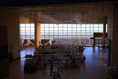 € «12-ое июня Sharm El Sheikh, ЕГИПТА: зал ожидания на авиапорте 12-ого июня 2015 Стоковое фото RF