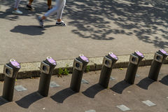 € «23-ье августа Парижа, Франции: Statio найма велосипеда Velib автоматическое Стоковая Фотография