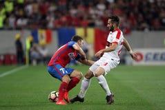 """€ """"Dinamo Bucuresti de Romania's Liga 1†""""Steaua Bucuresti del fútbol Fotografía de archivo"""