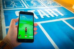 € «août 12,2016 de BANGKOK, THAÏLANDE : Pokemon disparaissent le jeu mobile APP Photos libres de droits