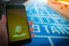 € «août 12,2016 de BANGKOK, THAÏLANDE : Pokemon disparaissent le jeu mobile APP Image libre de droits