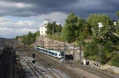 """€ de HELSINKI, FINLANDIA """"15 de agosto de 2014: Empalme ferroviario en la c Foto de archivo libre de regalías"""