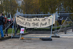"""€ di istruzione di dimostrazione di studente gratis """"nessun tagli, nessun tasse, n Fotografia Stock Libera da Diritti"""
