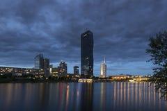 "€ di Vienna, Austria ""30 maggio 2016: Città di Donau, torre di CC Fotografia Stock"