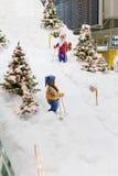 """€ MÜNCHENS, DEUTSCHLAND """"am 24. Dezember 2009: Weihnachtsdekorationen an München-Flughafen Stockfoto"""