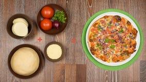 συστατικά για το μαγείρεμα της εύγευστης πίτσας Στοκ εικόνα με δικαίωμα ελεύθερης χρήσης