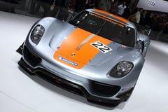 2011 de la demostración de motor de Ginebra Porsche 918 RSR Imágenes de archivo libres de regalías