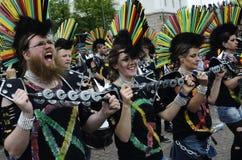 € de Helsinki, Finlande «le 6 juin 2015 : Voiture traditionnelle de samba d'été Photographie stock
